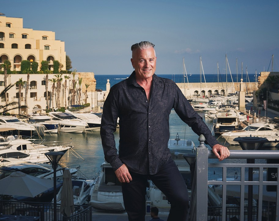 Life's Tough – but Calvin Ayre is Tougher, betting on online gambling and winning BIG!